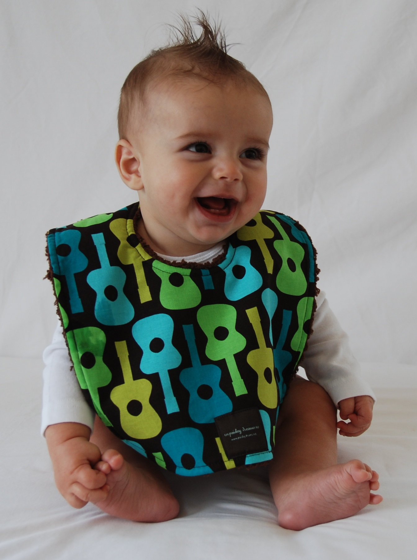 D~LuxeList: Three Faves :: Stylish Baby Bibs